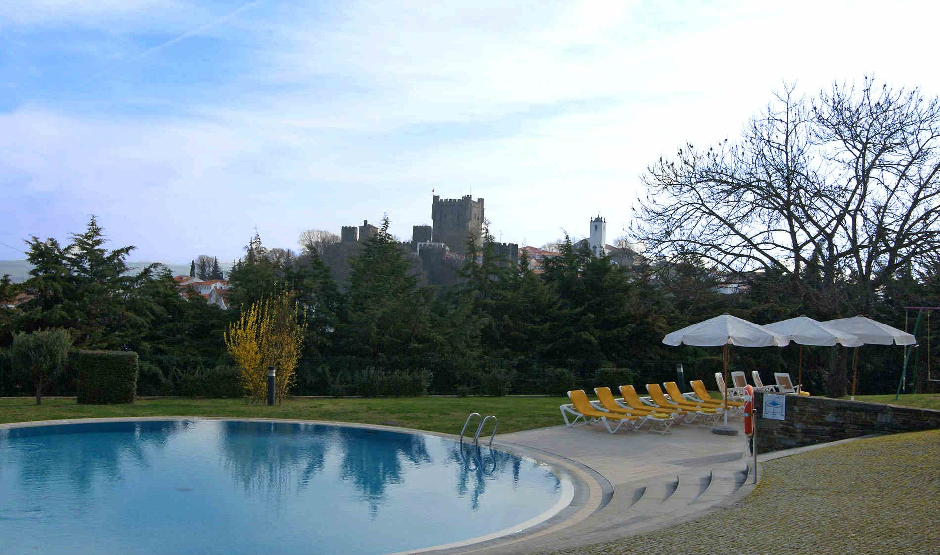 braganca-banner-pool