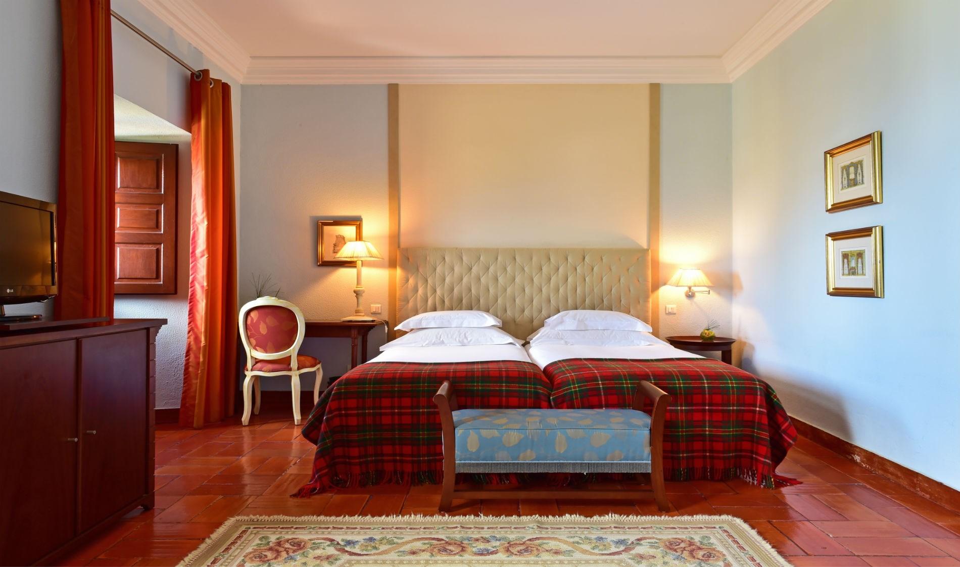 pousada-palmela-classic-room